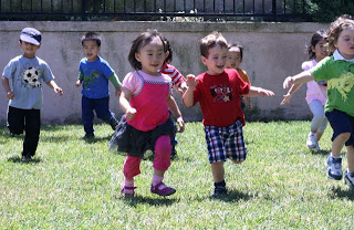 montessori-daycare-irvine-running-playground