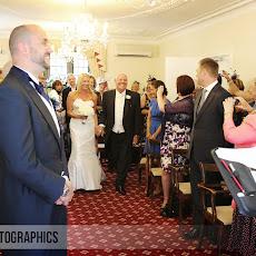 half-moon-windlesham-wedding-photography-LJPhoto-WCM-(14).jpg