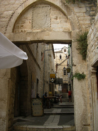 Sights of Croatia: Old City lanes