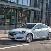 Makyajli-Opel-Insignia-2014-01.jpg