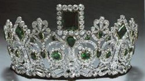Tiara de la Emperatriz Josefina, 1ª esposa de Napoleón Bonaparte. Realizada por el joyero