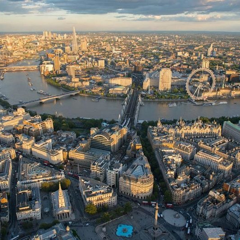 Aerial Photographs of London by Jason Hawkes