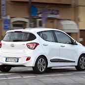 Yeni-Hyundai-i10-2014-22.jpg