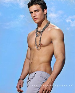 philip-fusco-reach-4
