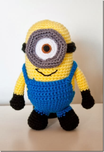 Amigurumi Fan Club Minion : Crochet Fan