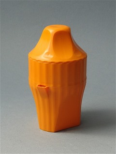 Juicer, similar in design to Kartell Model KS 1481 by Gino Colombini