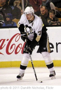 'Evgeni Malkin' photo (c) 2011, Dan4th Nicholas - license: http://creativecommons.org/licenses/by/2.0/