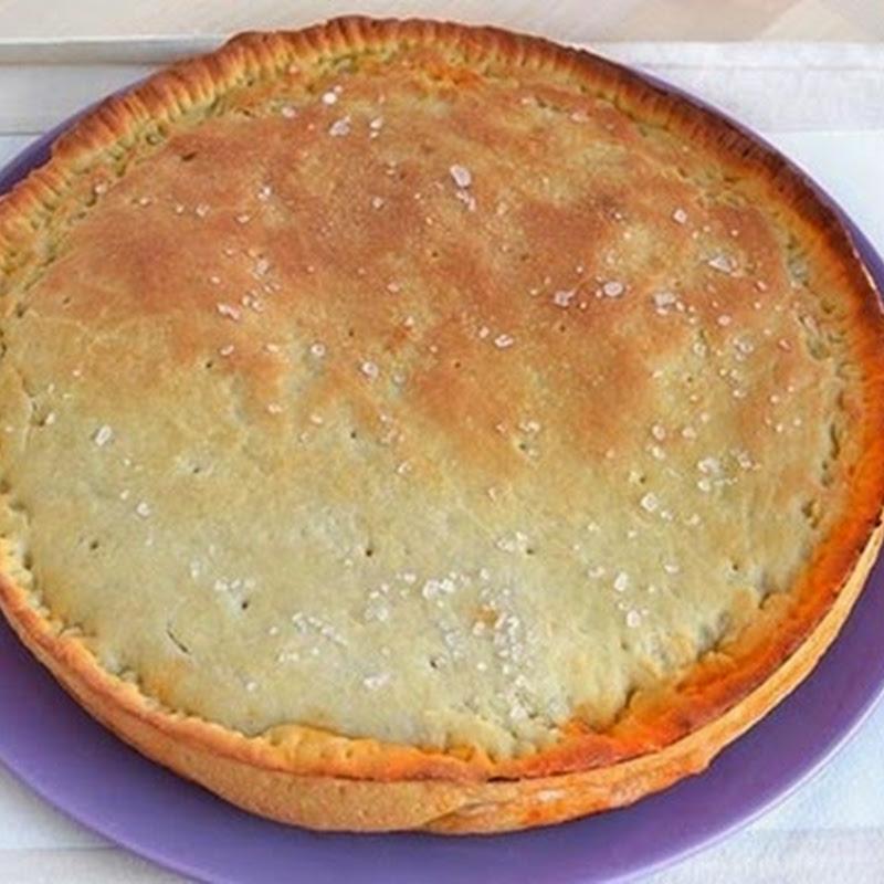 Πίτα με ντομάτα, ζαμπόν και τυρί μοτσαρέλα