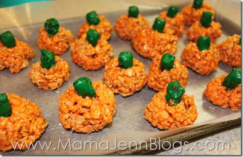 Crispy Pumpkin Treats (made with Rice Krispies)
