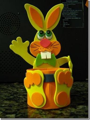 manualidades pascua conejo en cesta foami con moldes