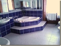 jacuzzi-bath
