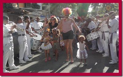 2012-02-16 Carnaval no Vira 2012 maq da Lu6
