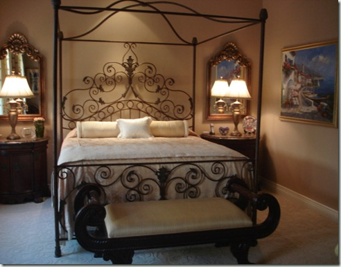 Indian Wells  bedroom four poster bed interior design