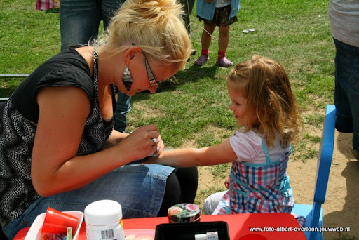 buurtvereniging de pritter kindermarkt 03-07-2011 (23).JPG