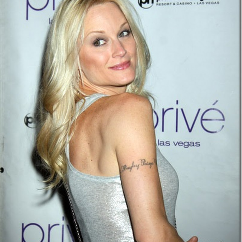 10 Hot actresses with Tattoo's that say something