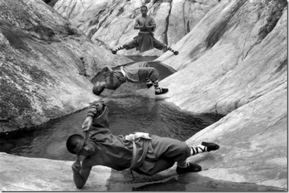 shaolin-monks-training-003