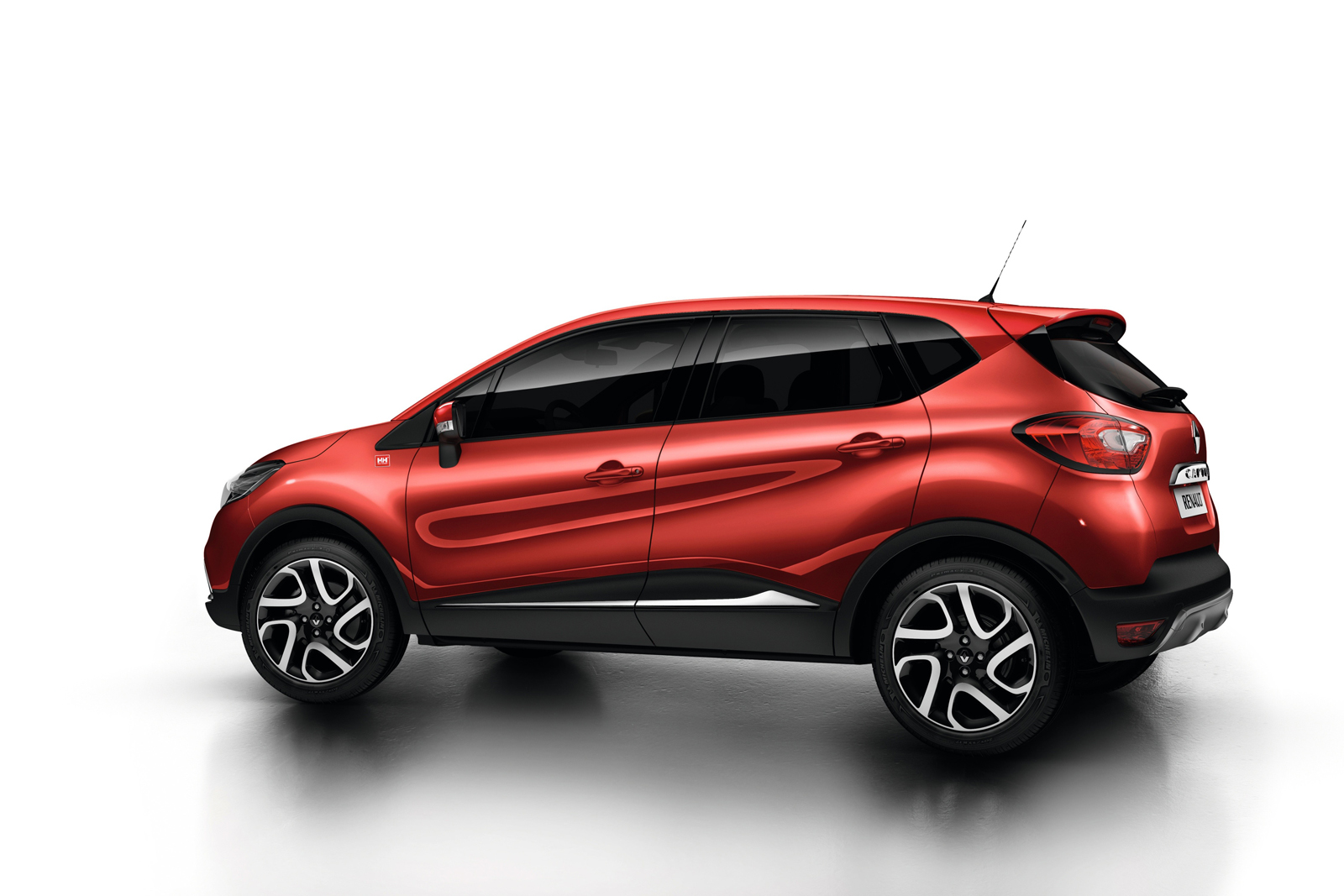 2014 renault captur helly hansen gets detailed turkeycarblog for Renault captur grigia