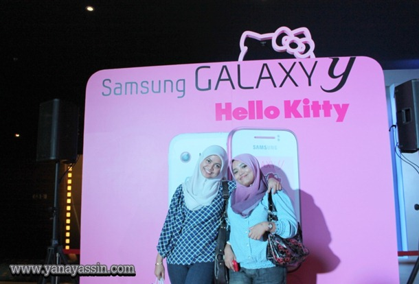 Samsung Galaxy Y Hello Kitty  384