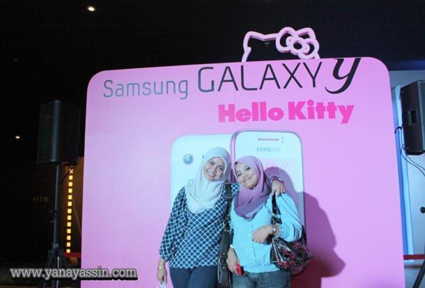 Samsung Galaxy Y Hello Kitty  384
