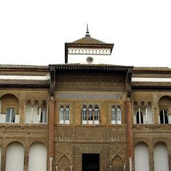201 Reales Alcázares patio monteria.jpg