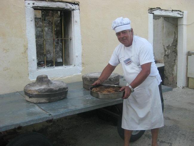 Φωτογραφίες από τη γιορτή της Κρεατόπιτας στα Τζανάτα