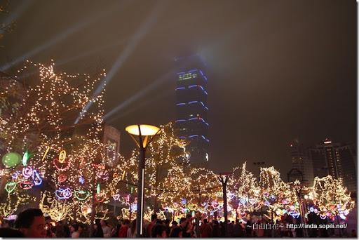 2010台北燈節(台北燈會)-惻拍101