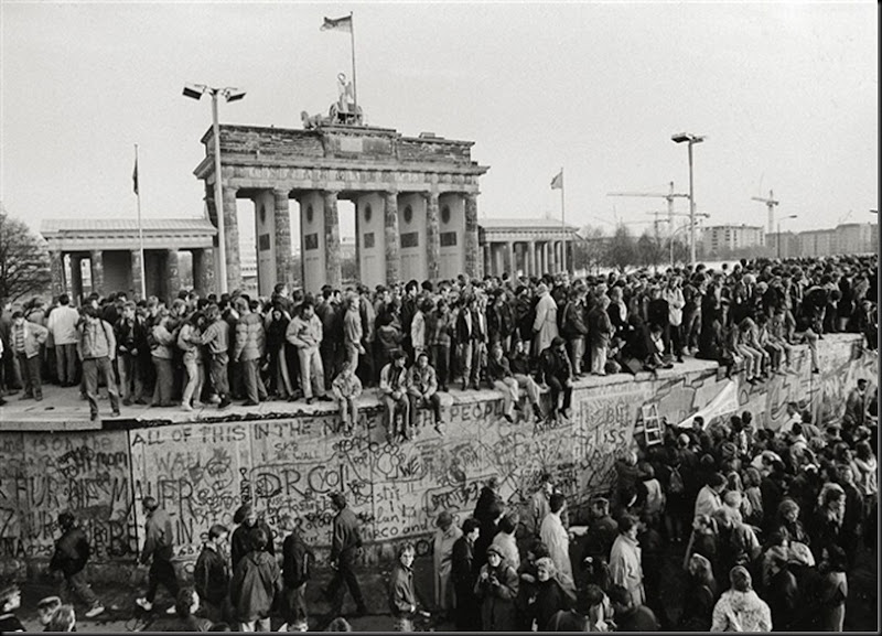 Face to the Wall, Berlin, November 10, 1989