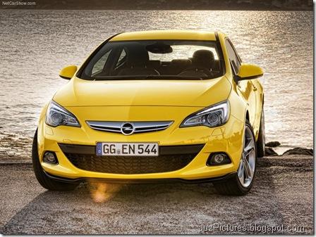 Opel Astra GTC 10