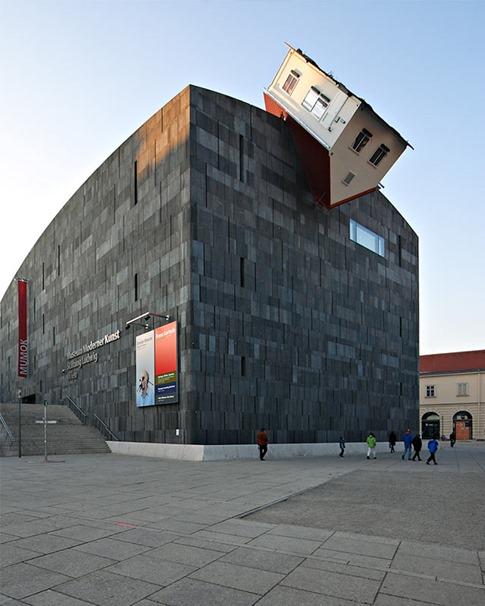 20. Erwin Wurm- House Attack (Viena, Austria)