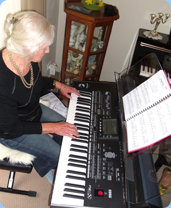 Club Secretary, Delyse Whorwood, trying out the Korg Pa3X