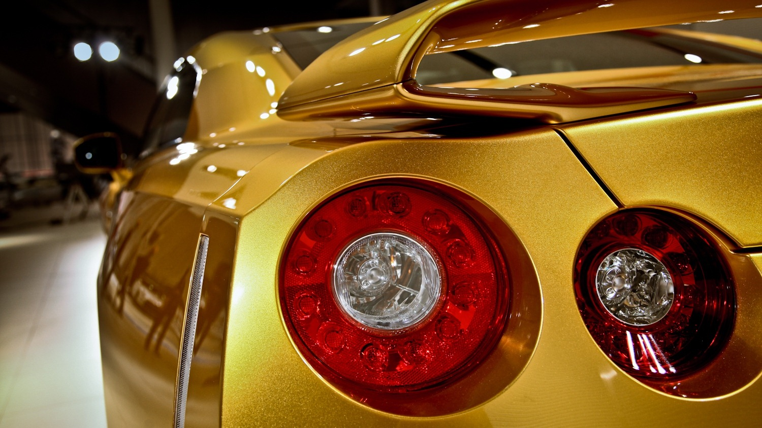 """One-Off 2014MY Nissan GT-R """"Gold Bolt"""" Edition to be Auctioned on eBay on November 22 