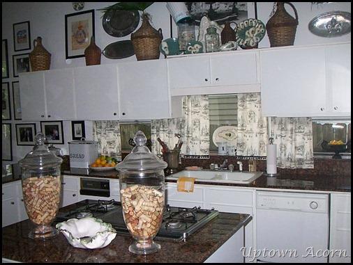The uptown acorn ma maison the kitchen for Decore ma maison