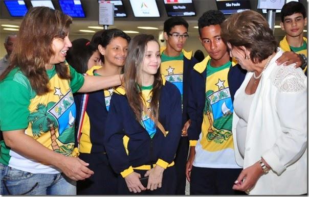 02 09 2014 Governadora com atletas do RN fot Vivian Galvão (4)