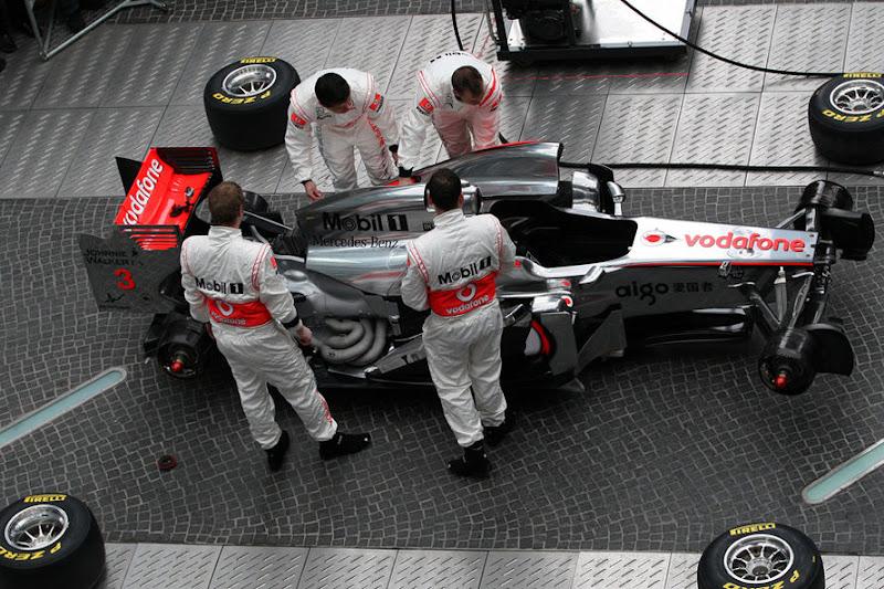 McLaren-Praesentation-2011-fotoshowImage-aa6a64b3-564540.jpg