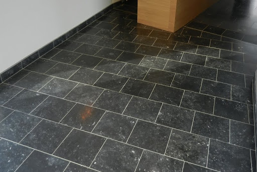 Interior paving carri res du bocq for Carrelage imitation pierre naturelle