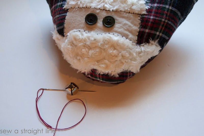 santa face pillows sew a straight line-10