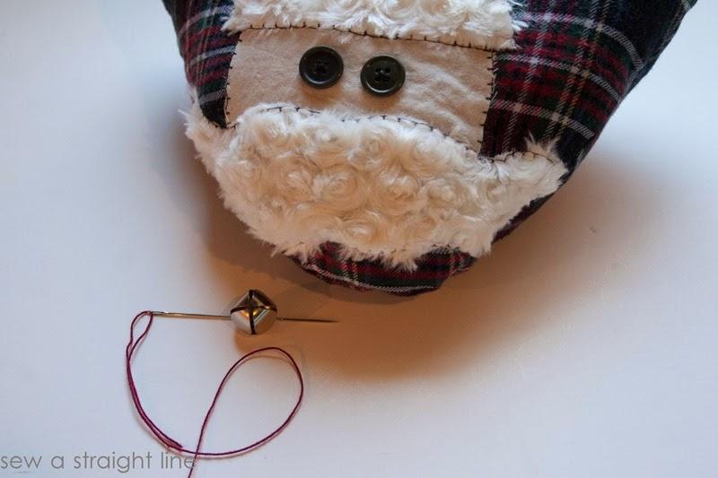 santa face pillows sew a straight line-10