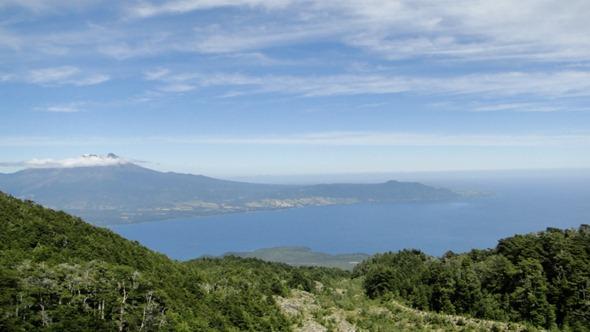 Vulcão Calbuco e Lago Llanquihue