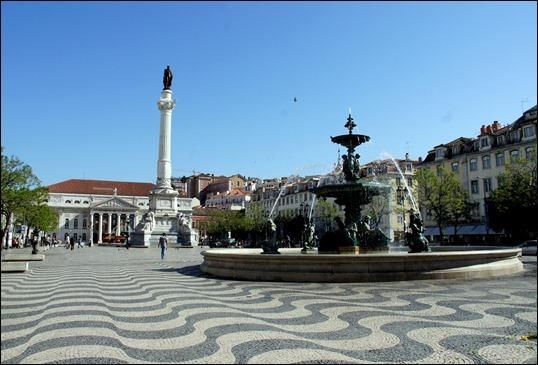 Gloria Ishizaka - Lisboa - praça do Rossio