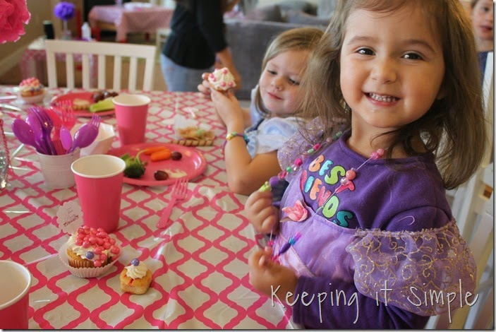Tasyn Tea Party Birthday 11-8-14 (100)