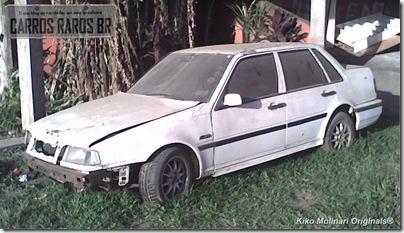 Volvo 460 abandonado (1-1)[1]