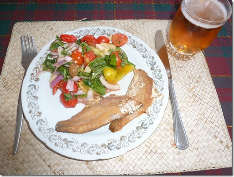 Fresh garden salad makes a pleasant side dish to smoked Coorong Mullet and a glass of ice-cold beer