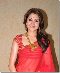 Anushka-Sharma-in_red saree
