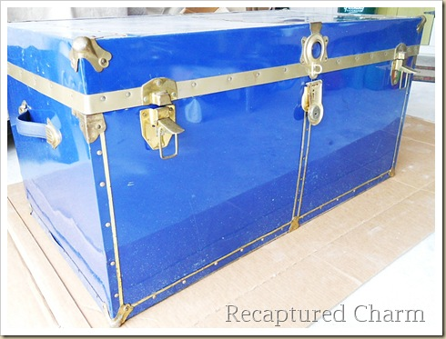 Metal Trunk Makeover 009a