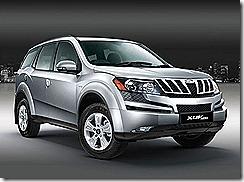 Mahindra-XUV-500 white