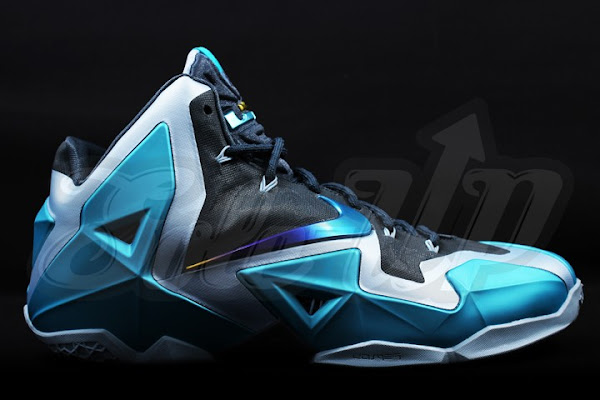 Detailed Look at the 8220Gamma Blue8221 Nike LeBron XI 616175401