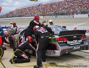 Pit stop on No. 39 of Ryan Newman 6-2-13