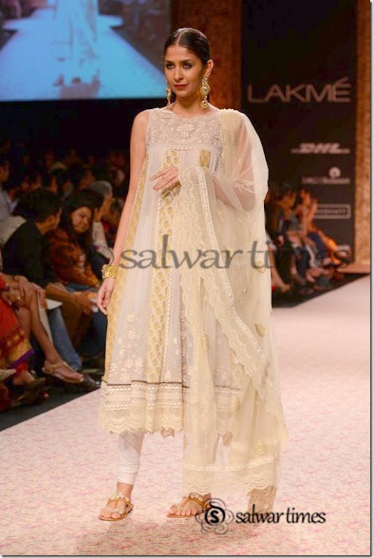 Ritu_Kumar_Lakme_Fashion_Week_2013 (3)