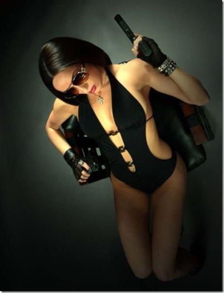 hot-women-guns-2