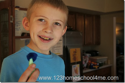 using tweezers will keep kids fingers safe